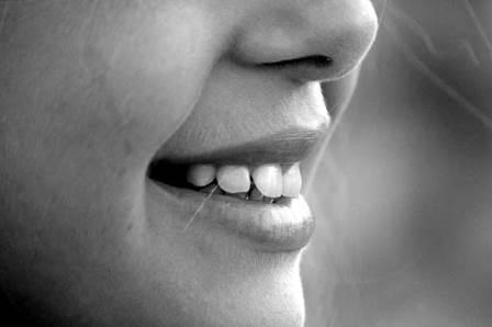 уход за зубами в домашних условиях