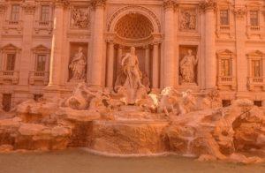 что посмотреть в Риме фонтан треви