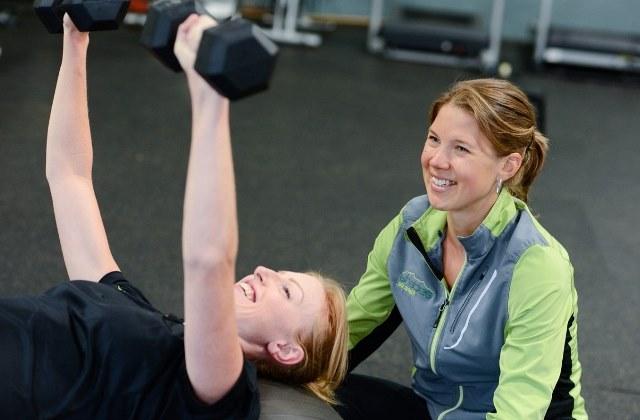 Тренировка в тренажерном зале для девушек для похудения для начинающих