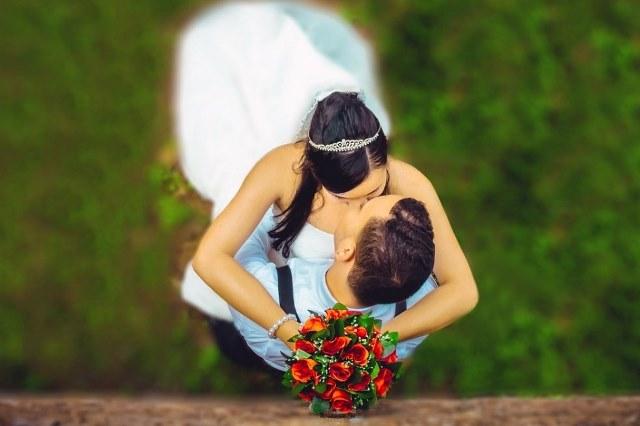 почему целуются с закрытыми глазами