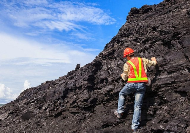 геолог кто это