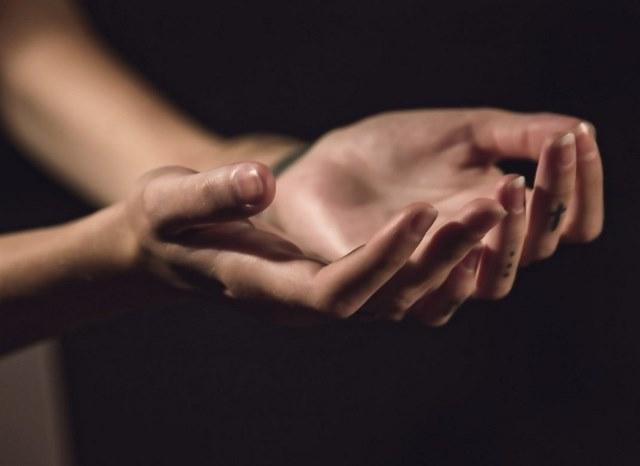 почему немеют пальцы на руках с каким заболеванием связано