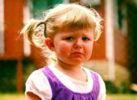 ребёнок капризничает и истерит