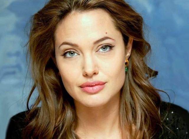 Анджелина Джоли кто это
