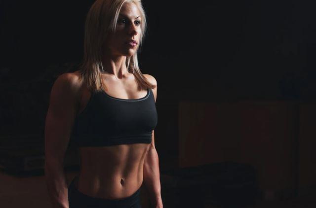 фитнес тренер кто это